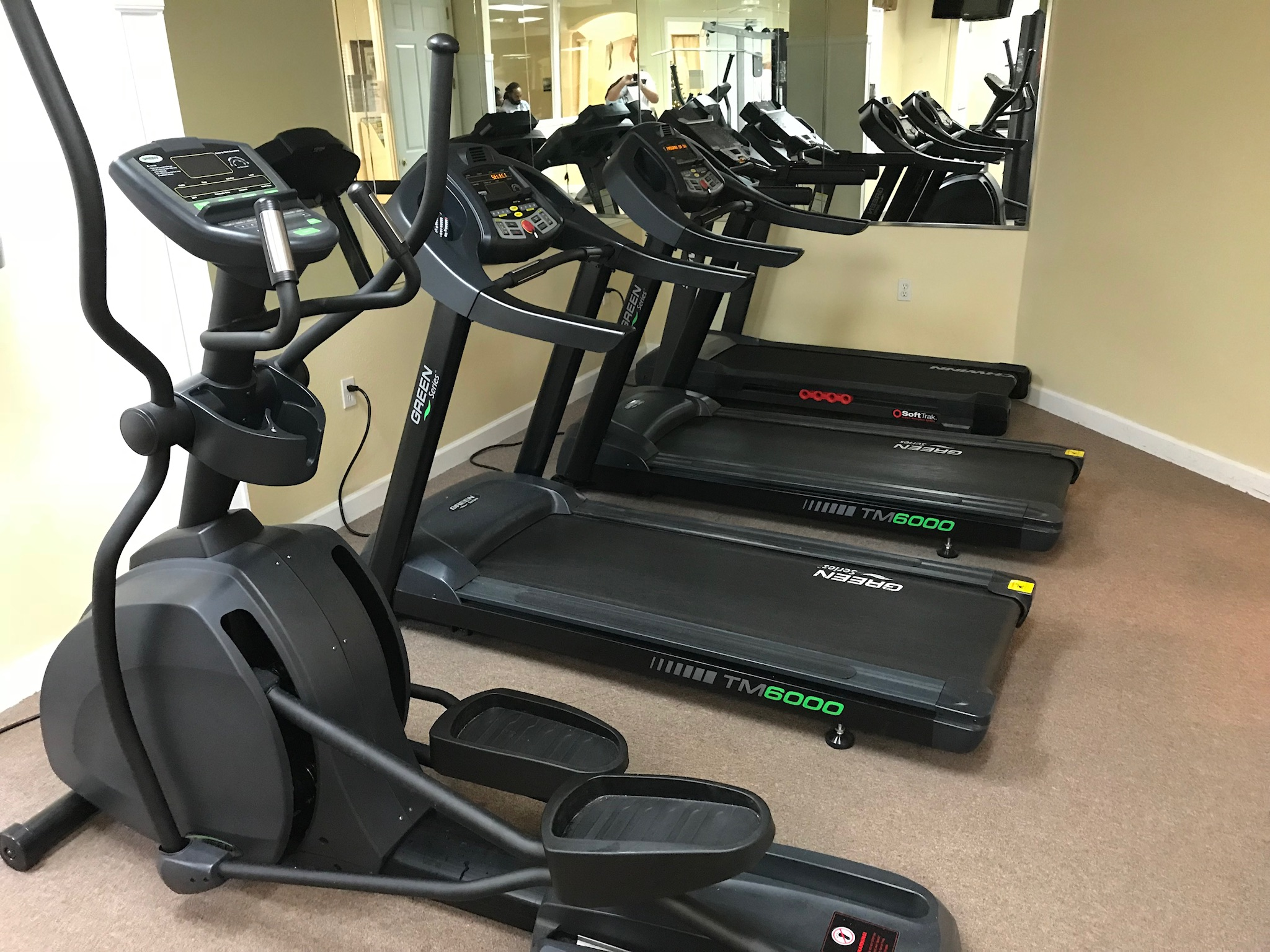 Lake Berkley Clubhouse fitness room