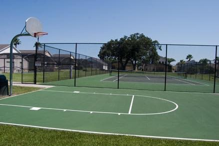play tennis or basketball in Lake Berkley Resort